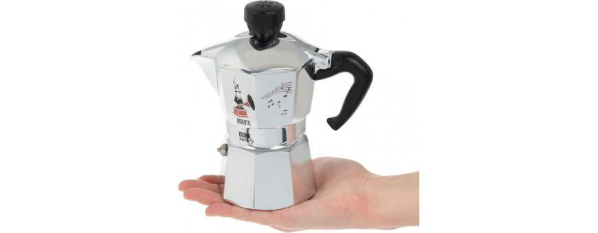 Гейзерные кофеварки. Удобные, модные, практичные кофеварки из Италии.